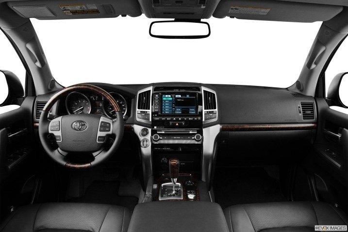 đánh giá xe Toyota Land Cruiser 2014 3