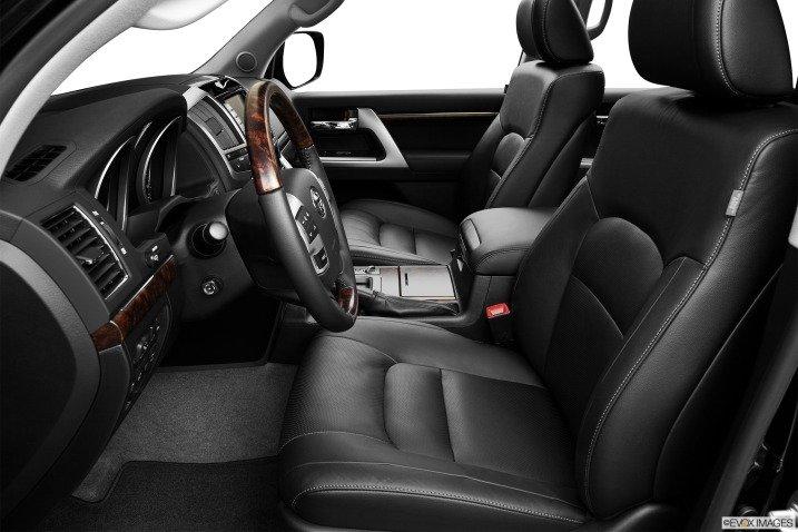 đánh giá xe Toyota Land Cruiser 2014 76