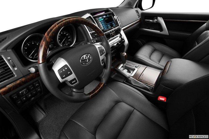 đánh giá xe Toyota Land Cruiser 2014 760