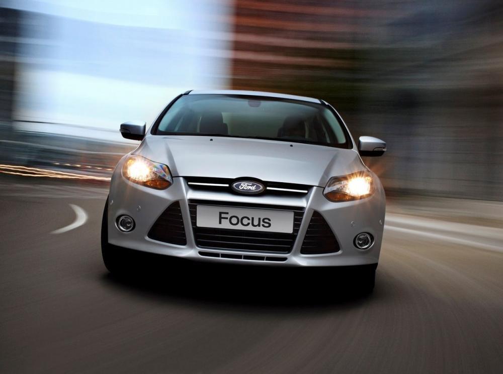 Đầu xe Ford Focus 1