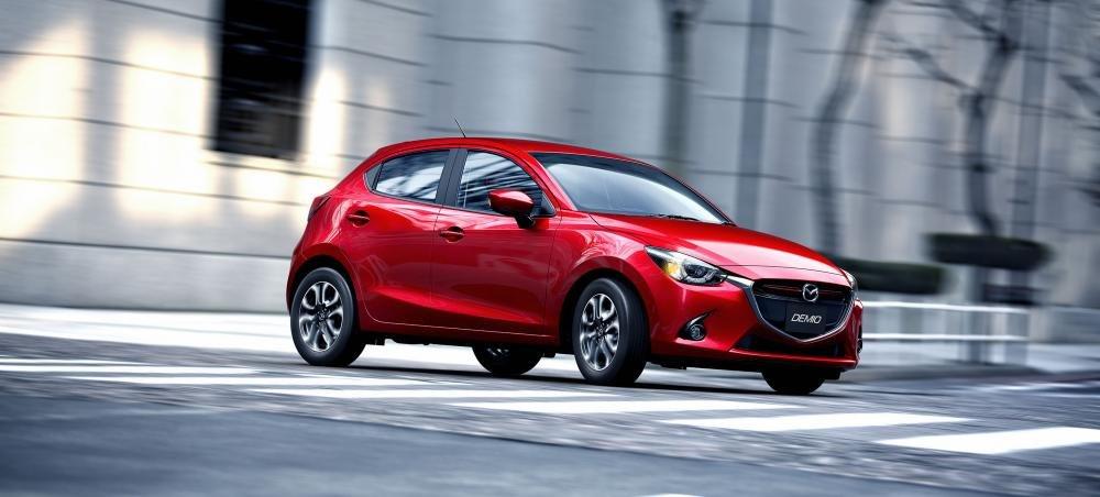 mazda2 2015 6e16 Đánh giá chi tiết xe Mazda2 2015: Nỗ lực thay đổi