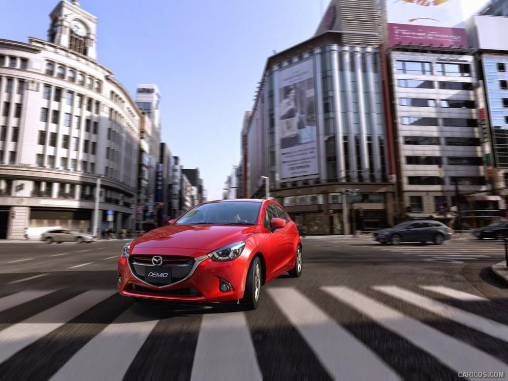 mazda2 2015a15 dd9e Đánh giá chi tiết xe Mazda2 2015: Nỗ lực thay đổi