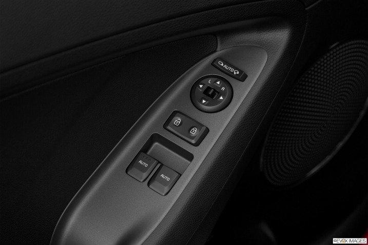 2015 3 9c13 Đánh giá xe Kia Cerato 2015
