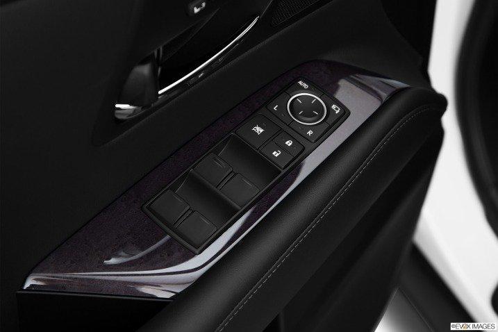 giai tri 7 0cee Đánh giá chi tiết xe Lexus RX 350 2015: Sang trọng hàng đầu