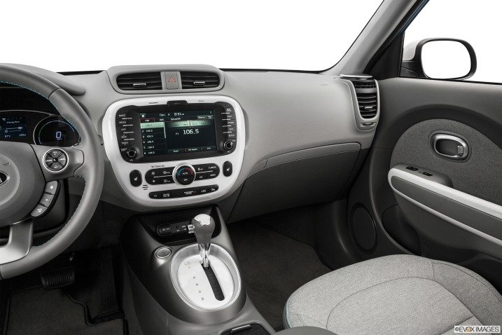 bang tablo 40b8 Đánh giá chi tiết xe Kia Soul EV 2015