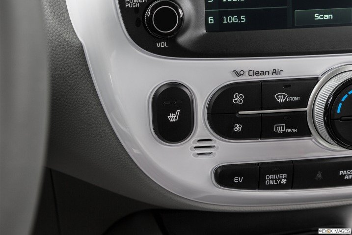giai tri 9d21 Đánh giá chi tiết xe Kia Soul EV 2015