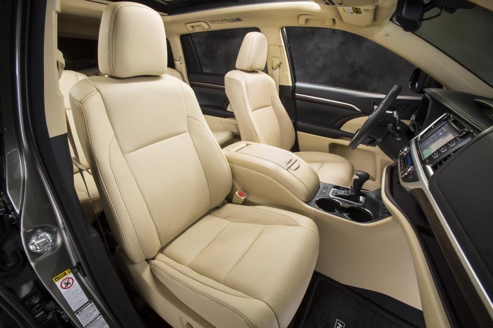 Toyota Highlander 28 a1e8 Đánh giá chi tiết xe Toyota Highlander 2014: Đối thủ sừng sỏ của Honda Pilot