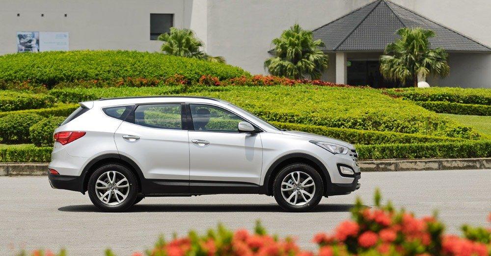 14 7 4c96 Đánh giá chi tiết xe Hyundai Santa Fe 2014: Lựa chọn hàng đầu trong phân khúc