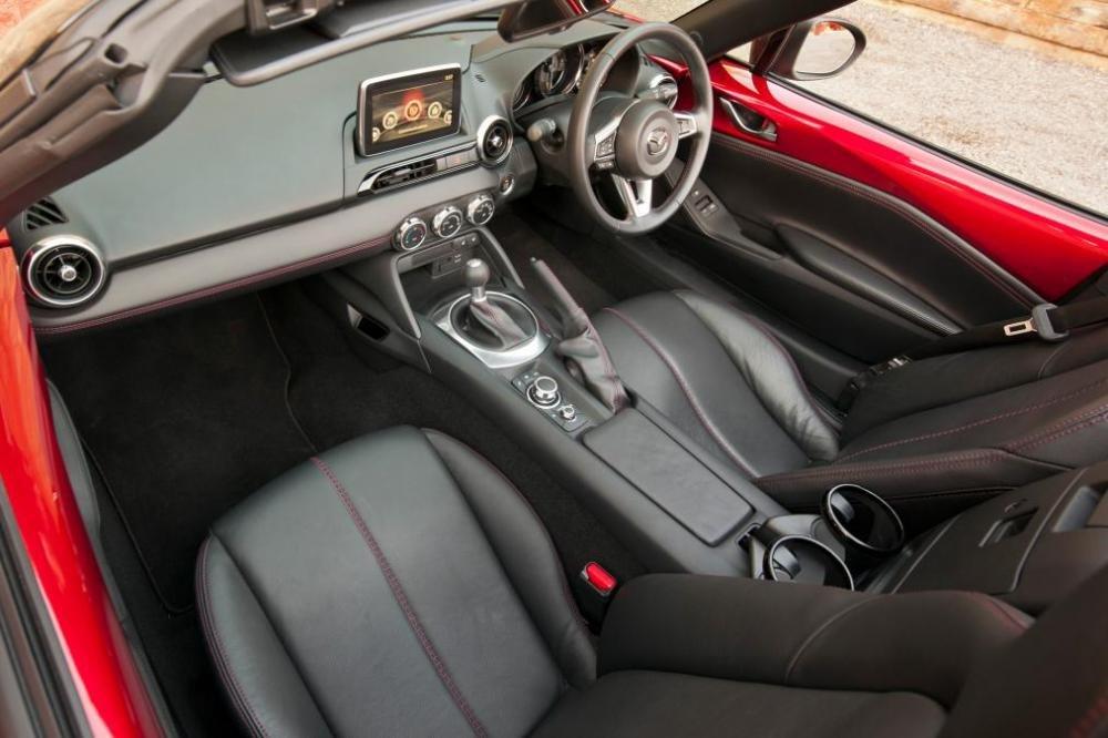 Mazda MX 5 a38 c70b Đánh giá chi tiết xe Mazda MX 5 mui trần 2015