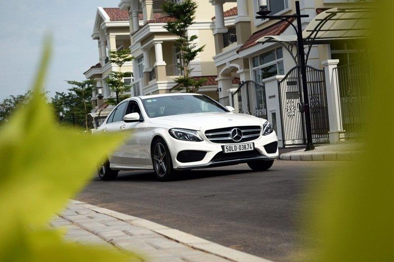 AMG a43 85ec Đánh giá chi tiết xe Mercedes Benz C250 AMG: Lựa chọn của các doanh nhân trẻ thành đạt