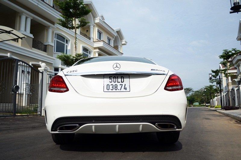 AMG a5 22f5 Đánh giá chi tiết xe Mercedes Benz C250 AMG: Lựa chọn của các doanh nhân trẻ thành đạt