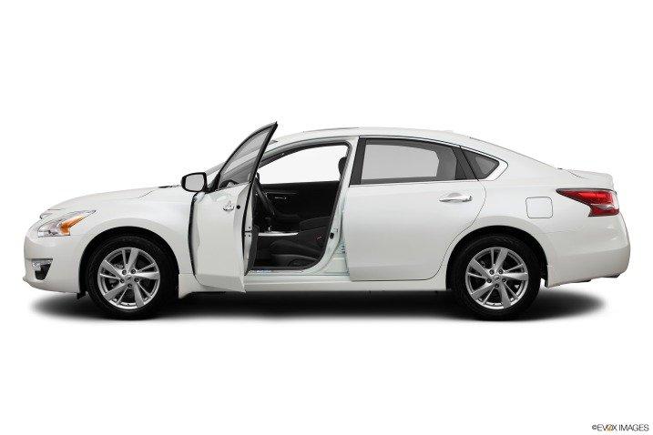 1432 aa18 Đánh giá chi tiết xe Nissan Altima 2014: Chiếc sedan gia đình cỡ trung hàng đầu