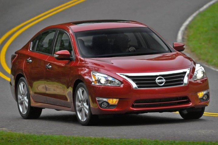 149 526c Đánh giá chi tiết xe Nissan Altima 2014: Chiếc sedan gia đình cỡ trung hàng đầu