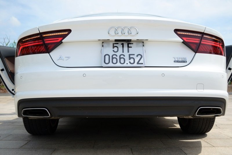 AudiA7Sportbacka12 2a67 Đánh giá chi tiết xe Audi A7 Sportback 2015: Tiêu chuẩn mới trong thiết kế ô tô