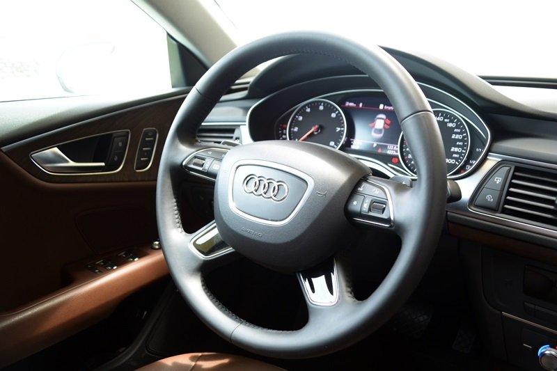AudiA7Sportbacka6 33cc Đánh giá chi tiết xe Audi A7 Sportback 2015: Tiêu chuẩn mới trong thiết kế ô tô