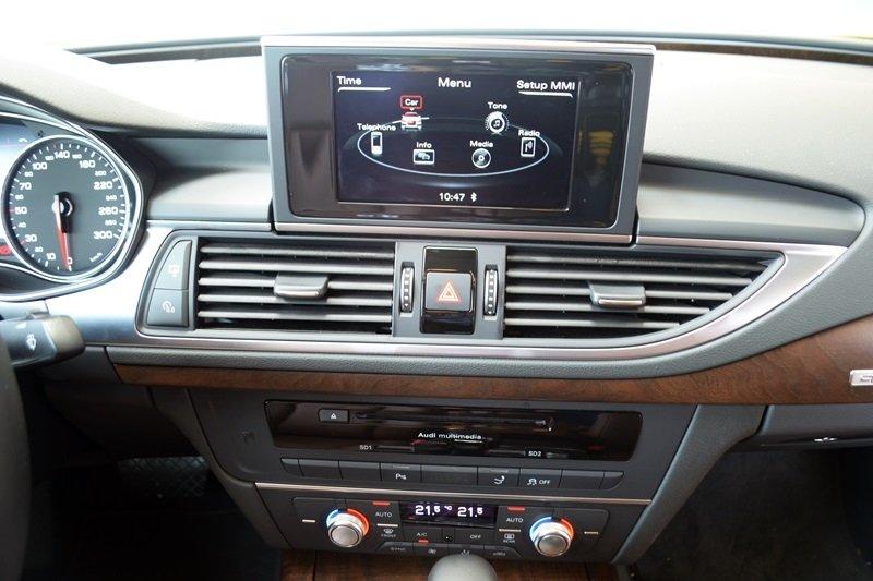 AudiA7Sportbacka8 4935 Đánh giá chi tiết xe Audi A7 Sportback 2015: Tiêu chuẩn mới trong thiết kế ô tô