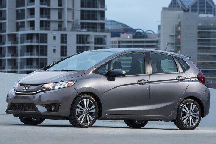 HondaFit2015 13ef Đánh giá chi tiết xe Honda Fit 2015: Mạnh mẽ, linh hoạt