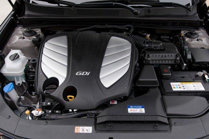 HyundaiAzera201414 13d5 Đánh giá chi tiết xe Hyundai Azera 2014: Rộng rãi, thoải mái