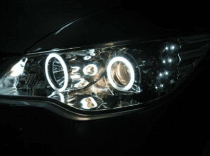 Hãy kiểm tra đèn pha có hoạt động không sau khi thay mới.