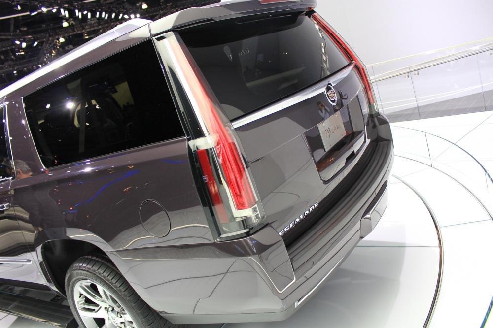 ade20152 69d2 Đánh giá chi tiết xe Cadillac Escalade 2015