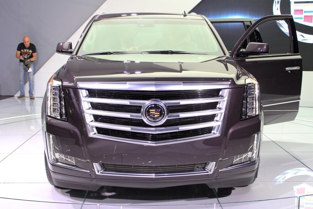 de2015 b776 Đánh giá chi tiết xe Cadillac Escalade 2015