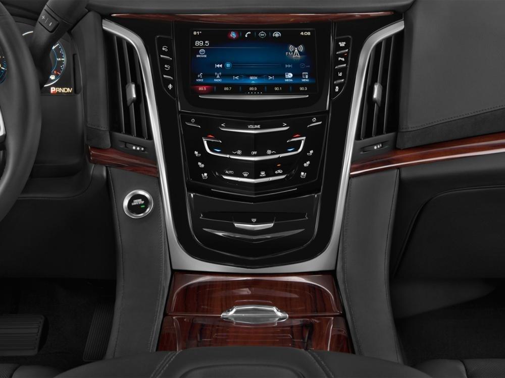 lade2015 f0e7 Đánh giá chi tiết xe Cadillac Escalade 2015