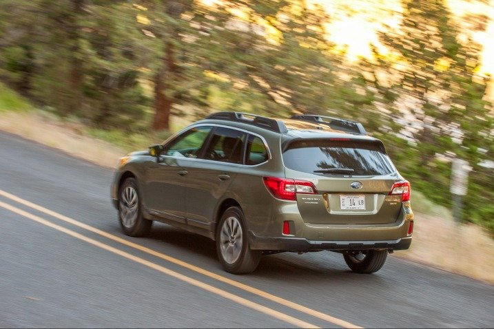 SUBARUOUTBACK201565 aaff Đánh giá chi tiết xe Subaru Outback 2015
