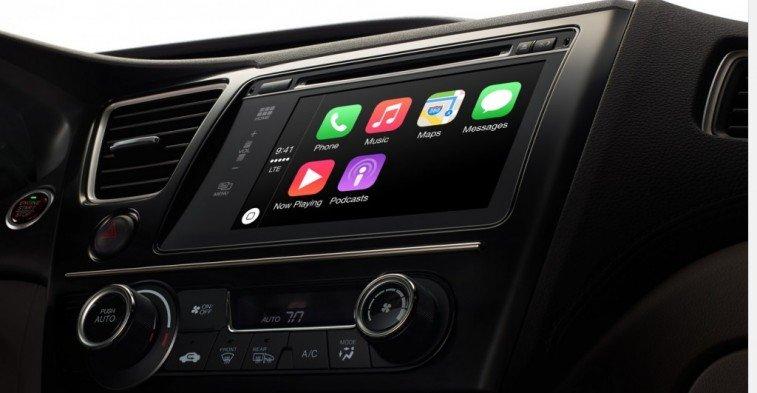 Phần mềm  Carplay của Apple hay Android Auto do Google phát triển đang được rất nhiều người quan tâm.
