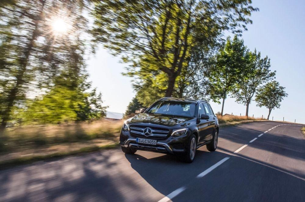 Mercedes-Benz GLC-Class cho cảm giác lái mượt mà và yên tĩnh.