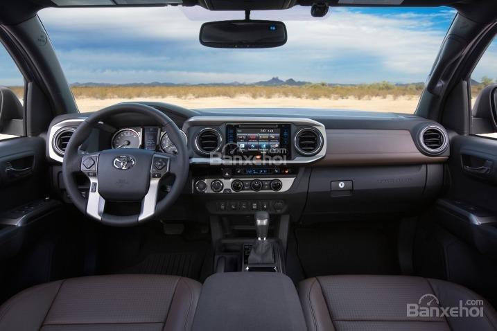 Đánh giá nội thất xe Toyota Tacoma 2016