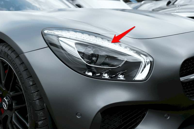 Đèn chạy ban ngày giúp người điều khiển các phương tiện khác nhìn thấy xe dễ dàng hơn.