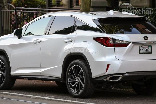 Đánh giá đuôi xe Lexus RX 2016