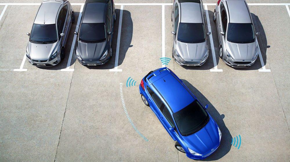 Công nghệ hỗ trợ đỗ xe chủ động trên Ford Focus mới sắp về Việt Nam 1
