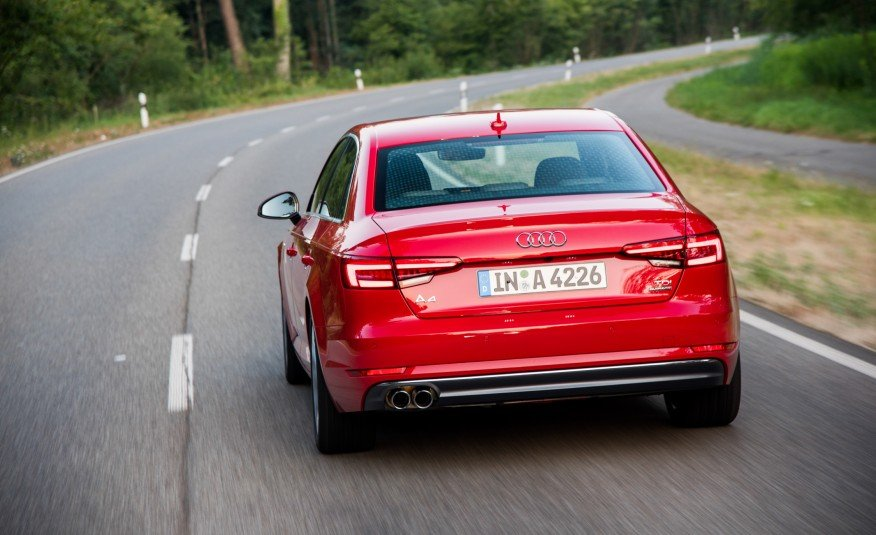 Đánh giá đuôi xe Audi A4 2017