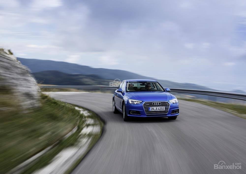 Đánh giá cảm giác lái xe Audi A4 2017