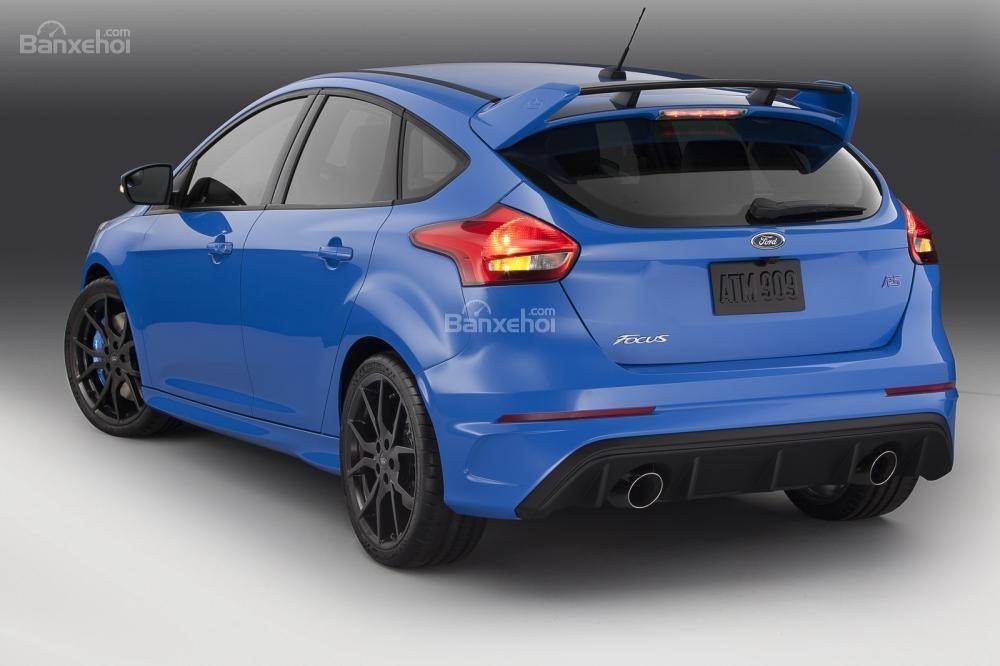Mẫu xe Focus RS 2016 sẽ sản sinh 350 mã lực và 350 lb-ft (474Nm)
