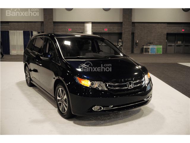 Đánh giá xe Honda Odyssey 2016