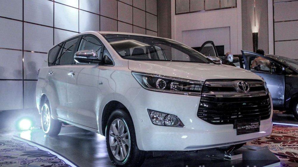 Đánh giá xe Toyota Innova 2016: Nâng cấp toàn diện.