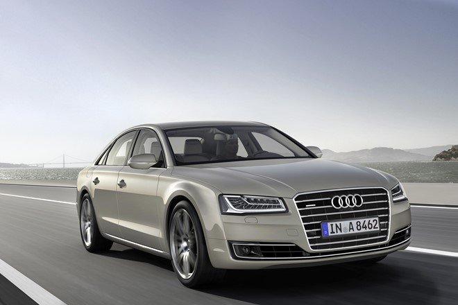 2. Audi A8 4.2 TDI quattro 2016: Tăng tốc từ 0-100 km/h trong 4,7 giây