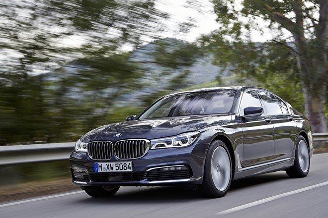 5. BMW 740d xDrive 2016: Tăng tốc từ 0-100 km/h trong 5,2 giây