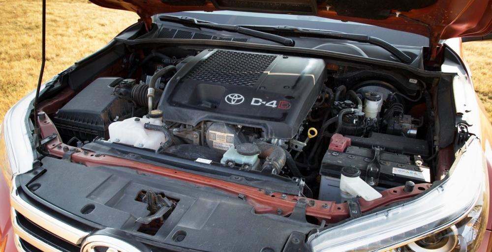 Đánh giá xe Toyota Hilux 2016 phần vận hành.