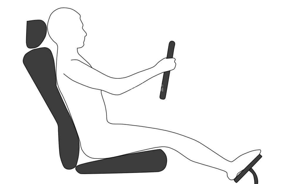 Điều chỉnh ghế về phía trước hoặc phía sau để tìm ra khoảng cách phù hợp nhất đến bàn đạp