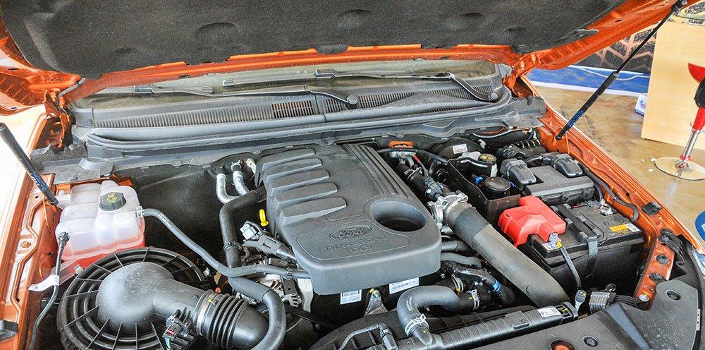 Đánh giá xe Ford Ranger Wildtrak 2015 có động cơ Turbo Diesel 3.2L.