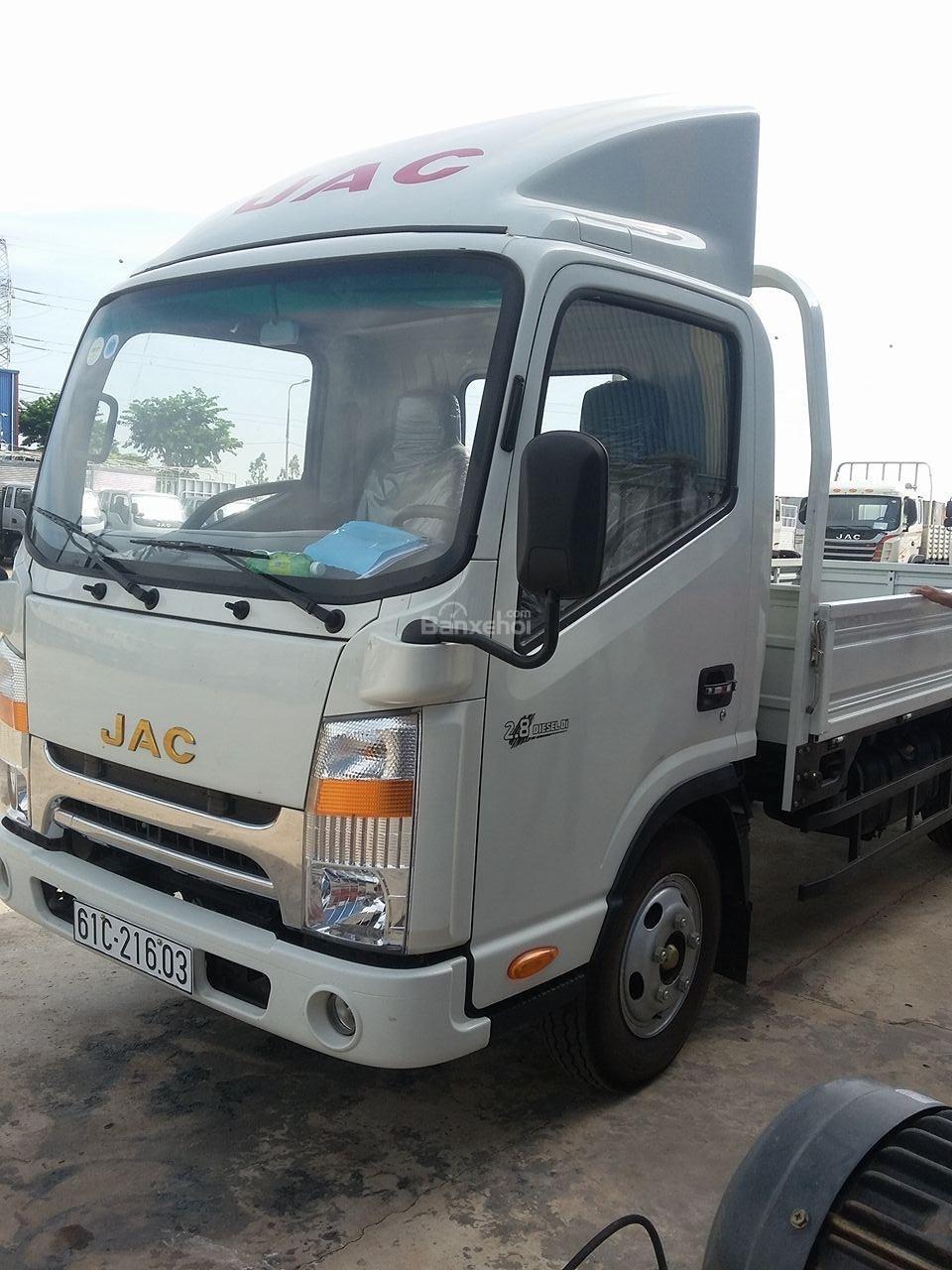 Giá xe tải jac 3T5 máy cn isuzu đầu vuông - Bán xe tải jac 3T5 đầu vuông máy cn isuzu