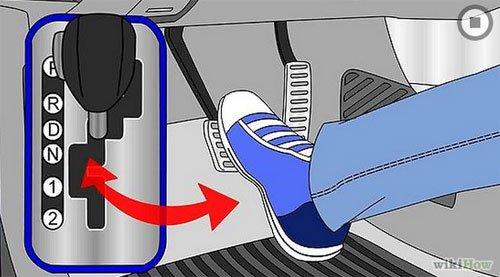 Các bước cơ bản để lái xe số tự động an toàn 5