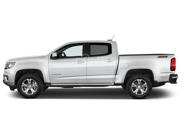 Đánh giá xe Chevrolet Colorado 2016: Thân xe dài với phần khoang phía sau.
