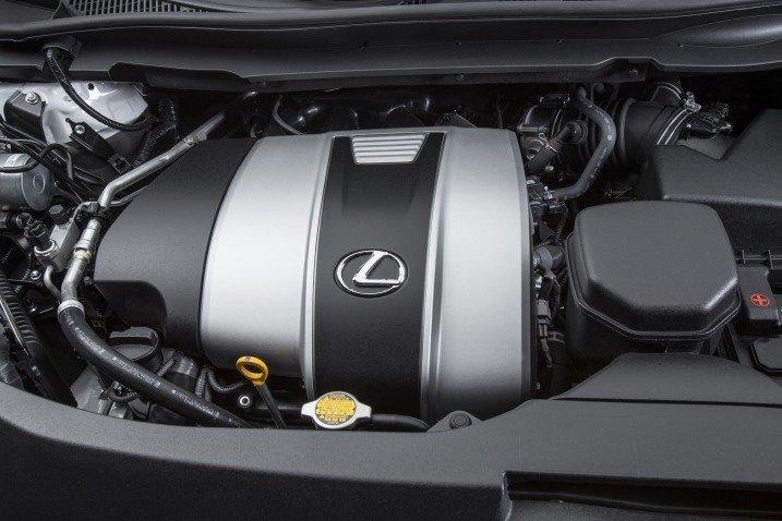 Đánh giá xe Lexus RX350 2016: xe được trang bị động cơ V6, 3.5L hút khí tự nhiên.