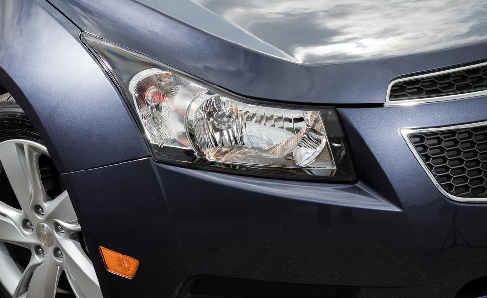 So sánh xe Chevrolet Cruze và Honda Civic 6