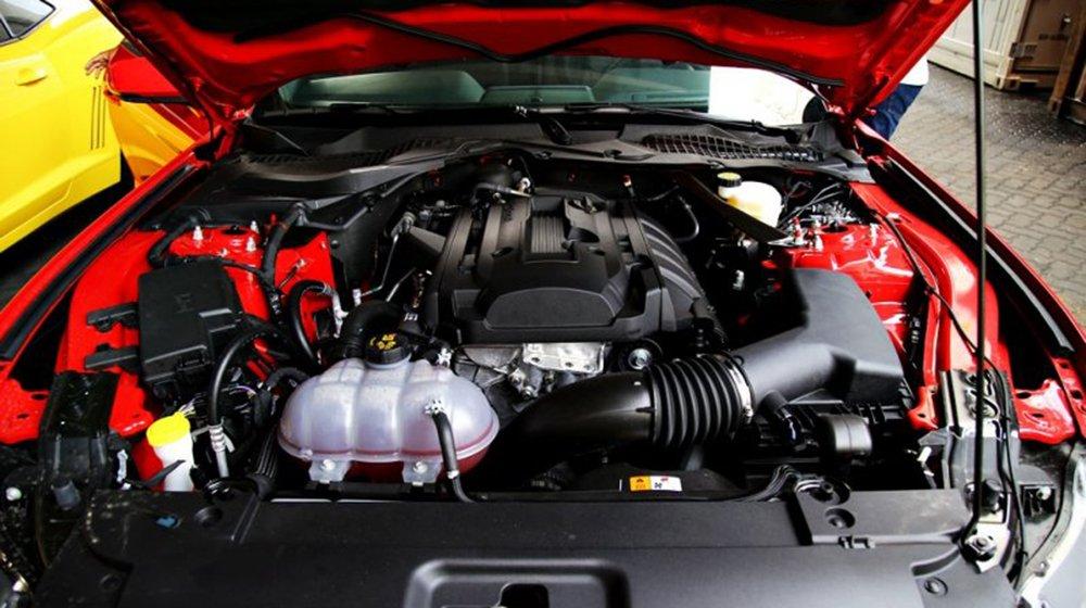 Đánh giá xe Ford Mustang 2015 có động cơ EcoBoost 2.3L tăng áp với công suất 305 mã lực.