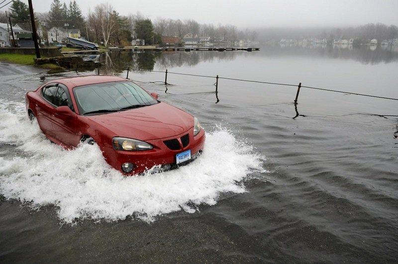 Với các biện pháp phù hợp, bạn vẫn có thể khởi động lại xe sau khi bị thủy kích.